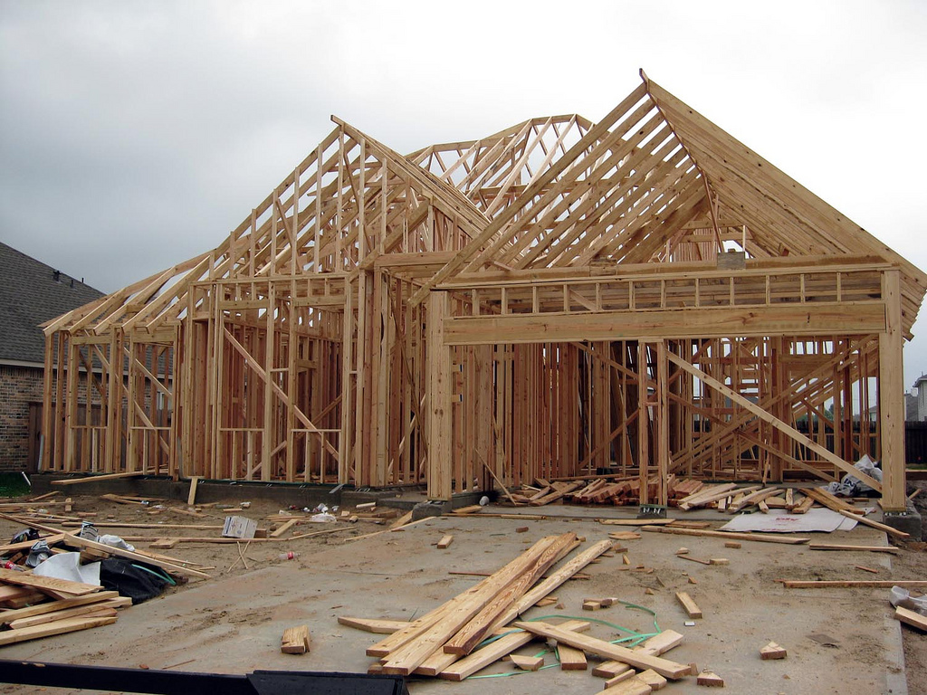 Timber Framed Building : Timber frame construction acre design
